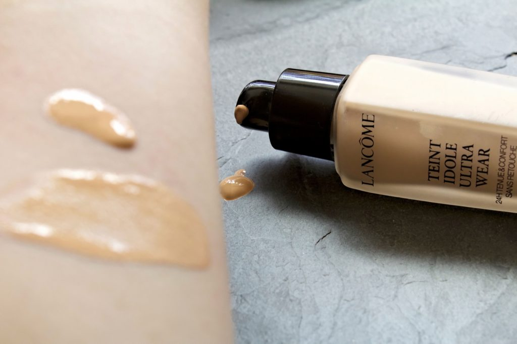 Lancome Teint Idole Ultra Wear 24hr Foundation Review 1
